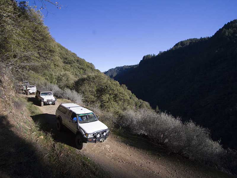 Sierra Trek Historic SUV Run